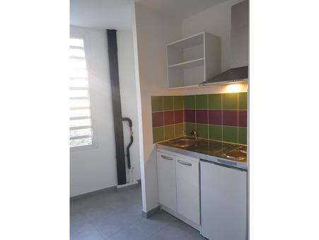 Appartement 288 €  Réf. 453/2019 Ste Clotilde