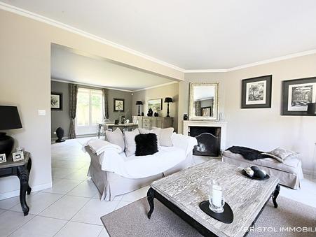 Vente Maison CHANTILLY Réf. 1079 - Slide 1
