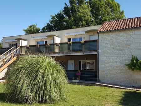 Propriété 1266000 € sur Saintes (17100) - Réf. SG1700
