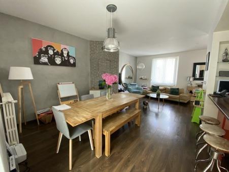 maison  320250 €