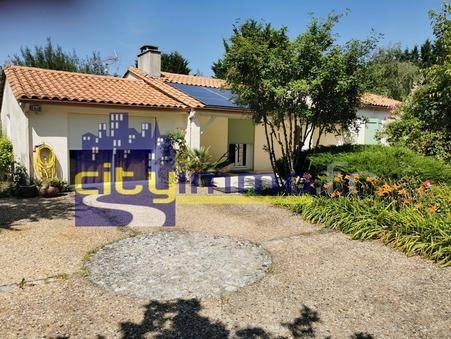 Vente Maison VILLEJOUBERT Réf. 3886 - Slide 1