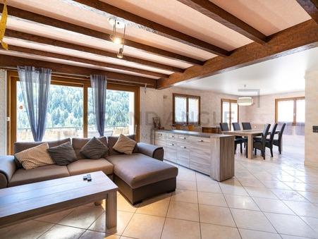 Saint-Jean-de-Sixt  350 000€