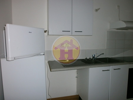 location appartement ROCHECHOUART 29m2 260€