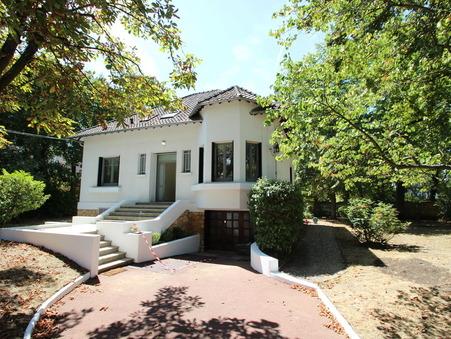 maison  4200 €