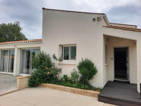 A vendre house La Jarne 17220; € 640500