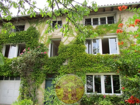 Saint-Junien  260 000€