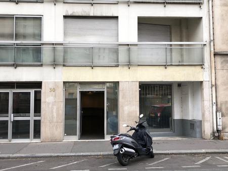 PARIS 15EME ARRONDISSEMENT  735 000€