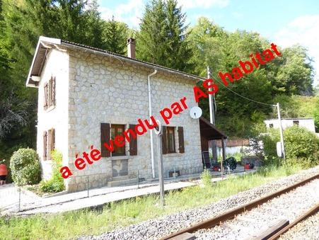 A vendre maison Saint-Claude 60 m² 0  €