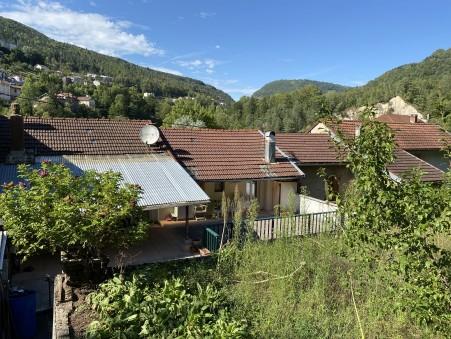 Vente maison Saint-Claude 130 m²  116 000  €