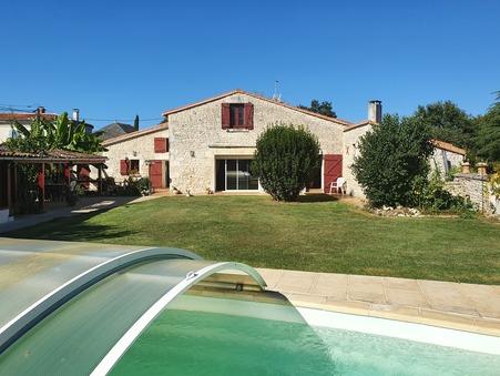 A vendre maison Varzay 17460; 441000 €