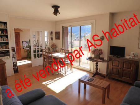 Acheter appartement Saint-Claude 91 m² 79 000  €