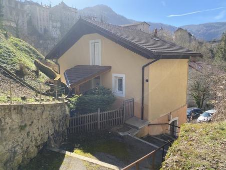 Vente maison Saint-Claude 120 m²  158 000  €