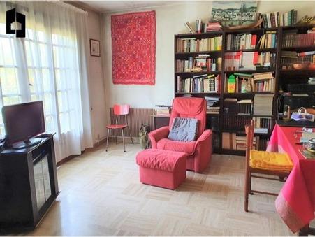 maison  453800 €