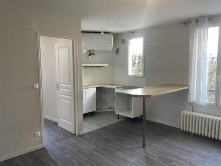 appartement  980 €