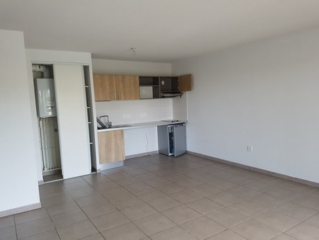 appartement  526 €