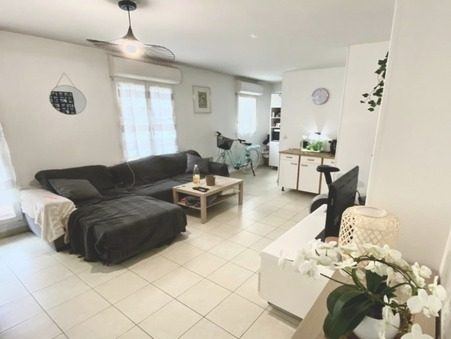 TRAPPES  133 000€