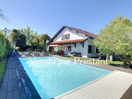 vente maison ANGLET 160m2 848000 €