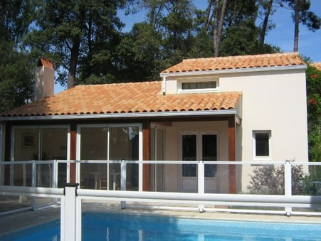 Location courte durée maison ST TROJAN LES BAINS 76 m²  566  €