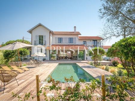 location maisonANGLET 220m2 6000€
