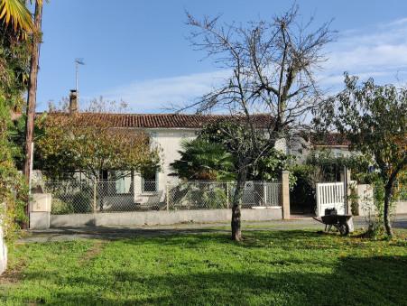 Maison 127200 € sur Chaniers (17610) - Réf. SG1904