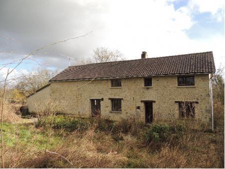 A vendre maison Coulonges sur Sarthe 61170; 144900 €
