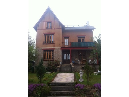 vente maison NEUVIC 210m2 232100€