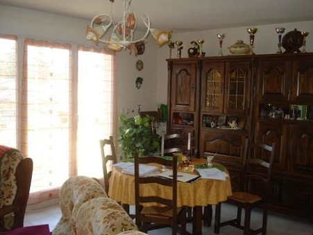 appartement  94160 €