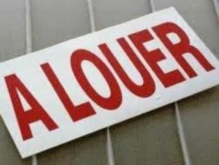 Location Local PONT L'ABBE D'ARNOULT Réf. 211 - Slide 1