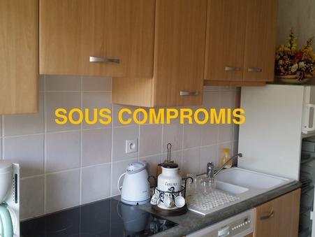 appartement  74000 €