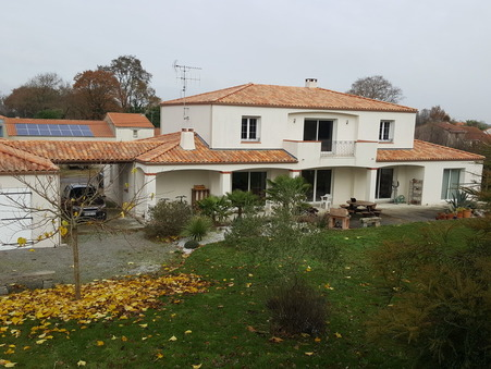 vente maison CHEMERE 395000 €