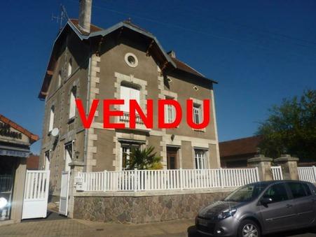Vente Maison CHASSENEUIL-SUR-BONNIEURE Réf. 1119-17 - Slide 1