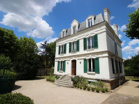 location maison LE VESINET 250m2 4950€