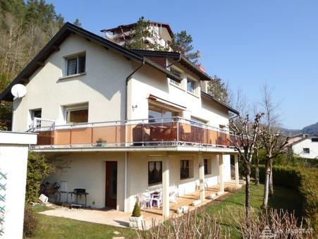 A vendre maison St claude 230 m²  269 000  €