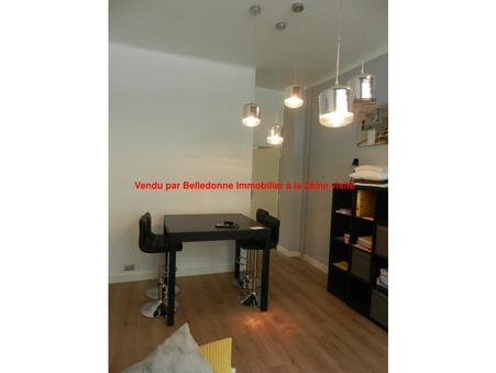Acheter professionnel GRENOBLE 35 m² 50 000  €