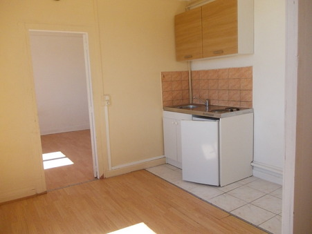 location appartement NEUVIC 292 €