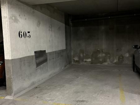 parking  70 €