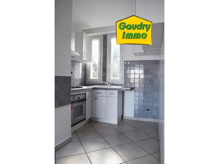 appartement  72000 €