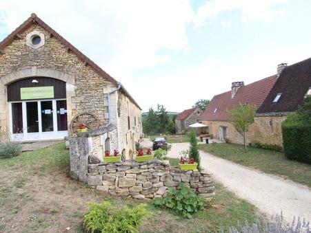 Vente maison ARCHIGNAC 375 m²  592 800  €
