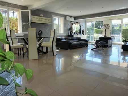 maison  1055000 €