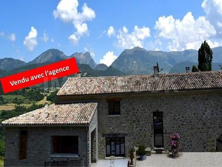 Vente maison LE POET CELARD 318 m²  775 000  €
