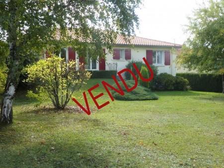 Vente Maison CHASSENEUIL SUR BONNIEURE Réf. 1275-17 - Slide 1