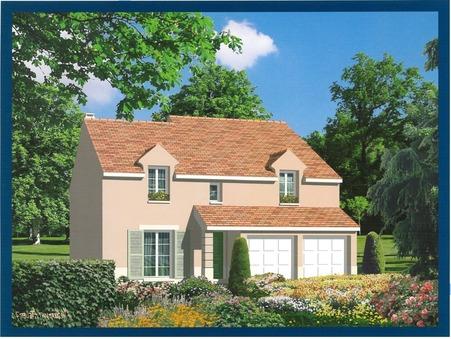 maison  670000 €