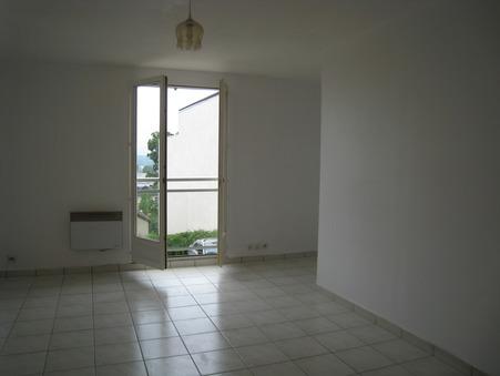location appartement ST CYR L'ECOLE 22.85m2 550€