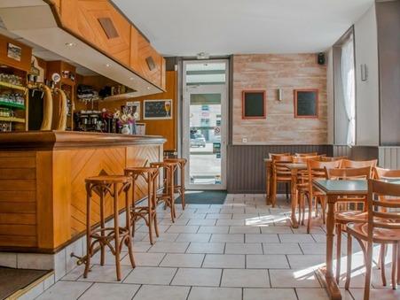 vente local Champagnole 433000 €