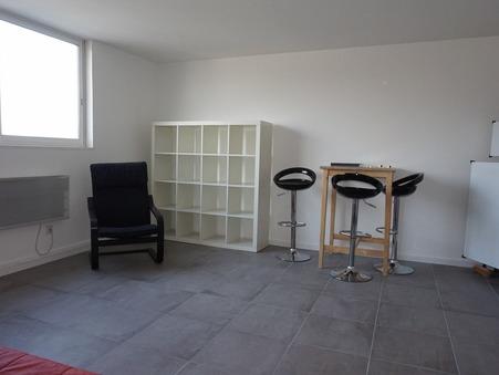 appartement  440 €