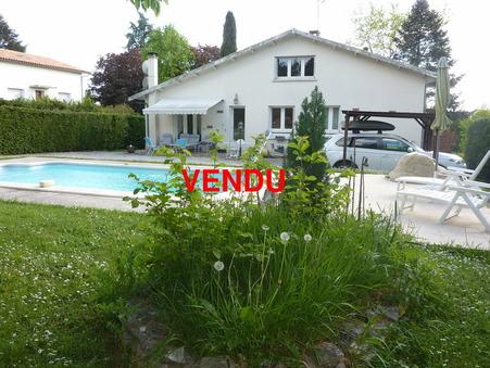 Vente Maison CHASSENEUIL SUR BONNIEURE Ref :1396-18 - Slide 1