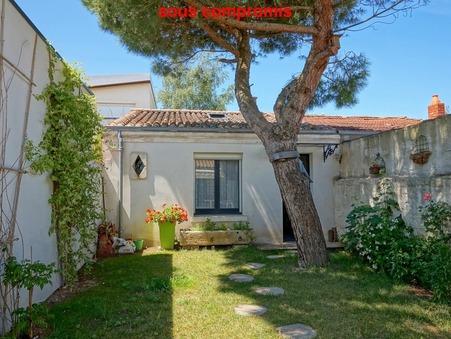 Vente Maison LA ROCHELLE Réf. 391 - Slide 1