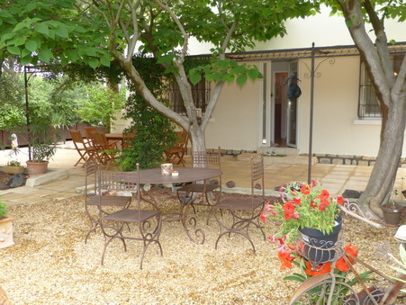 BEAUCAIRE  279 000€