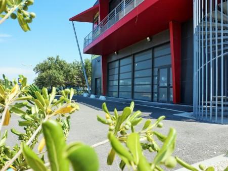 location professionnel CHATEAUNEUF LES MARTIGUES 195m2 0€