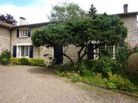 Vente Maison CHASSENEUIL SUR BONNIEURE Réf. 1433-18 - Slide 1